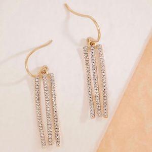 DIAMOND DANGLING FLAPPER EARRINGS NWT